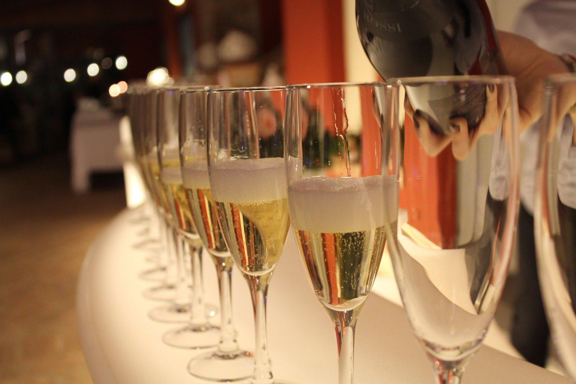 bicchieri di spumante